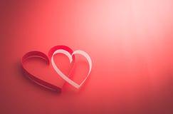 Dwa valentine papierowego serca Zdjęcia Stock