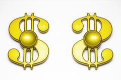 Dwa wiercipięta palca złoty kądziołek zdjęcia stock