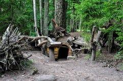 Dwarfs fairy дома в загадочных древесинах Стоковое Изображение