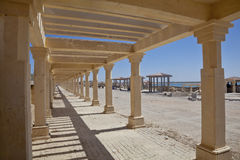 Den offentliga walkwaypagodaen formar Dwarka Arkivfoto
