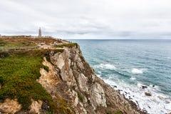 Dwars-padrand-kruis bij Kaap Roca, Sintra, Portugal stock fotografie
