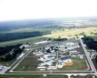 Dwars Stad, de gevangenis van FL en luchthaven royalty-vrije stock afbeelding