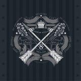 Dwarspijlen met Lint Militair Heraldisch Etiket op Bord Royalty-vrije Stock Foto