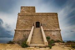 Dwejra zatoki wieża obserwacyjna lub wierza Qawra Lascaris góruje Długi exp zdjęcie royalty free