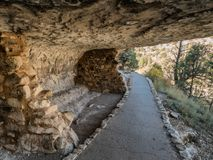 Free Dwellings In The Walnut Canyon National Monument Near Flagstaff, Arizona Stock Photo - 102935720
