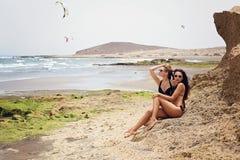 dwie dziewczyny plażowych Fotografia Royalty Free