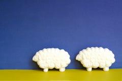 dwie owce Zdjęcia Royalty Free