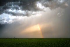 Dwoista tęcza & burz chmury Zdjęcia Stock