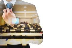 Dwoistego ujawnienia sala konferencyjna i biznesmen Zdjęcie Royalty Free