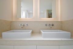 dwoisty łazienka zlew Fotografia Stock
