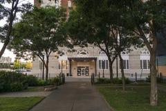 Dwoisty Drzewny hotel w Utica, Nowy Jork obraz royalty free