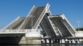 Dwoisty liść kopii bascule most Obrazy Royalty Free