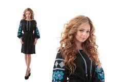 Dwoisty portret Atrakcyjna kobieta jest ubranym Ukraińską obywatel suknię obraz stock