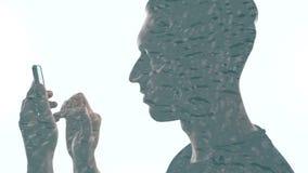Dwoisty ujawnienie m??czyzna z smartphone i raindrops spada w wodzie zbiory wideo