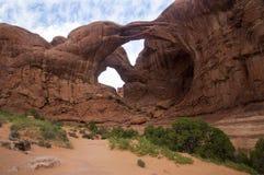 Dwoisty łuk, łuki parki narodowi, Moab Utah Fotografia Royalty Free