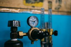 Dwutlenek węgla butli reduser zdjęcia stock