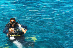 Dykare i havsSharm el Sheikh egypt 2008 september Arkivbilder