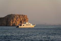 Dykningfartyg i Röda havet Arkivfoto