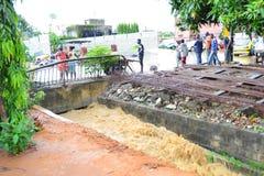 Dyluwialni deszcze: utożsamiać ryzyko strefy w Abidjan Obrazy Stock