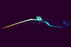 Dym na ciemnym purpurowym tle Obraz Royalty Free