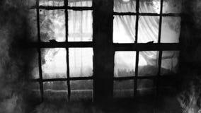 Dym w izbowych okno Starego rocznika czarny i biały ekranowy skutek obraz royalty free