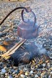 Dymić obozowego czajnika Zdjęcia Stock