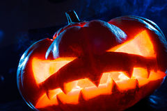 Dymić straszną Halloween bani głowę zdjęcie stock