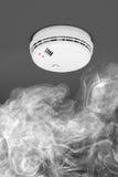 Dymny detektor pożarniczy alarm obraz stock