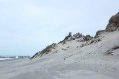 Dyn på kusten av Nordsjö i Zeeland i Nederländerna arkivfoto