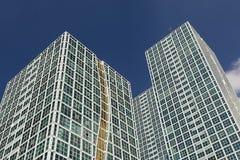 Dynamiczni zdjęcie wizerunki nowożytni wieżowowie w w centrum Astana, Kazachstan zdjęcia stock