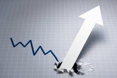 Dynamiskt tillväxtdiagram Uppåtriktad pil som bryter till och med grafen Royaltyfri Foto