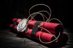 Dynamit bomba z zegarem fotografia stock