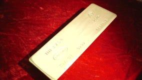 Dyrbart guldtackaöverflöd av guld- rikedom lager videofilmer