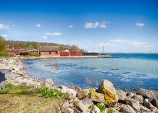 Dyreborg kustlinje på ön av Funen royaltyfria bilder
