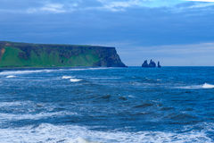 Dyrholaey en udde i södra Island Arkivbilder