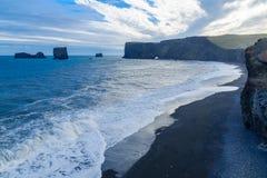 Dyrholaey en udde i södra Island Royaltyfria Bilder