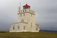 Dyrholaey Island fyr Arkivbilder