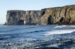 Dyrholaey naturalny łękowaty Iceland Obraz Stock