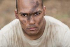 Dysponowany mężczyzna w obóz dla rekrutów zdjęcia royalty free