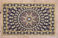 Dywan od wełny i jedwabiu klasyczny projekt zdjęcie royalty free