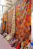 Dywanika dywanowy sprzedawca w Medina Essaouira Obraz Royalty Free