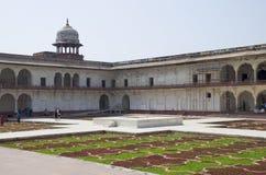 Dzhuma το κόκκινο οχυρό μουσουλμανικών τεμενών στην πόλη Agra της Ινδίας στοκ φωτογραφία με δικαίωμα ελεύθερης χρήσης