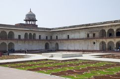 Dzhuma el fuerte rojo de la mezquita a la ciudad de Agra de la India Fotografía de archivo libre de regalías