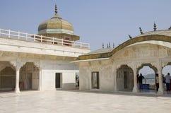 Dzhuma el fuerte rojo de la mezquita a la ciudad de Agra de la India Fotografía de archivo