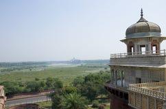 Dzhuma el fuerte rojo de la mezquita a la ciudad de Agra de la India Fotos de archivo libres de regalías