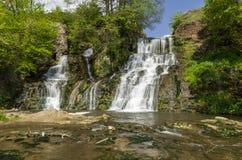 Dzhurin瀑布,在Chervonograd附近在乌克兰 库存图片