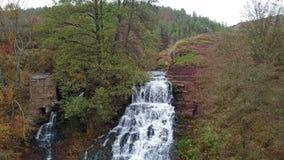 Dzhurinskiy秋天是最大的简单的瀑布在乌克兰 影视素材