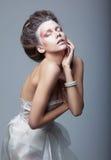 działającej aktywnej twórczości śliczna występu kobieta Obrazy Royalty Free