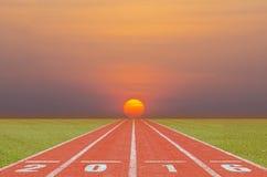 Działający ślad w wschodzie słońca Fotografia Stock