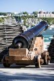 Działo fortyfikacja która otacza Quebec miasto w historycznym okręgu zdjęcia stock